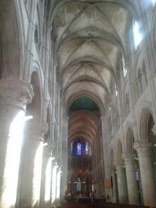 La Bihoree CathedraleSt Pierre Lisieux interieur