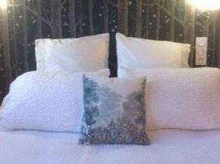 la bihoree chambre nuit chambre detail lit h