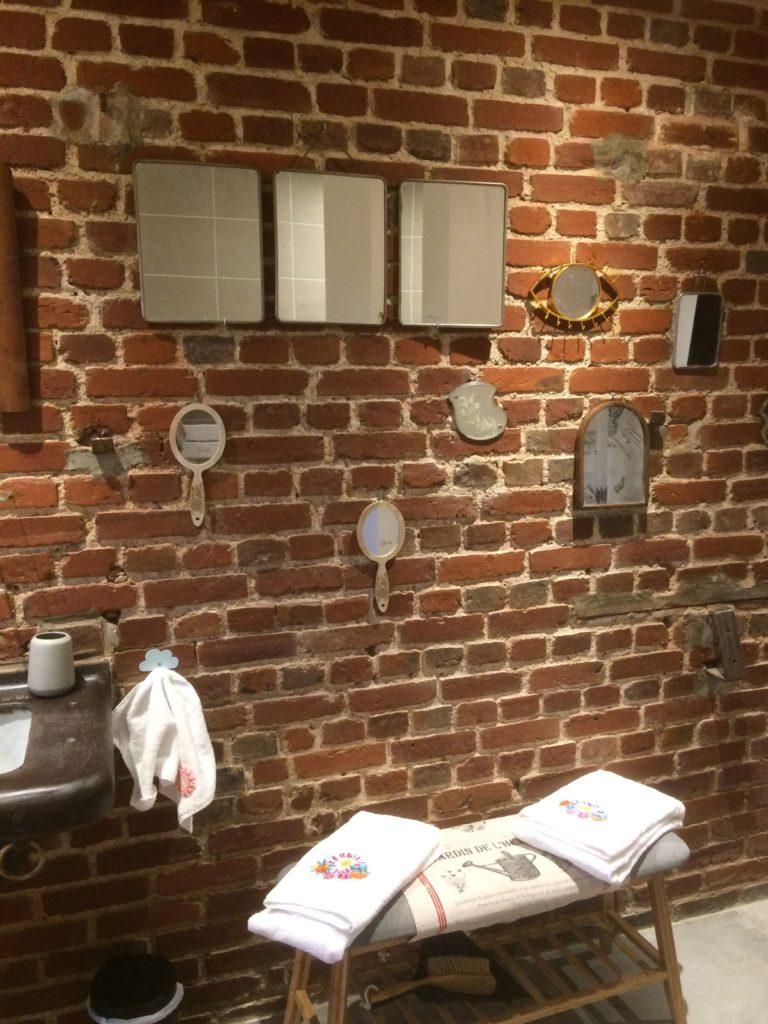 La Bihoree Chambre Nuit Salle De Bain Miroirs